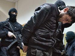 Суд оставил предполагаемого убийцу Немцова под арестом