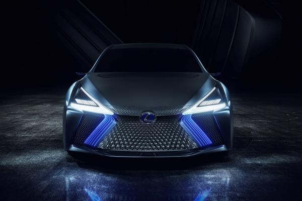 На автосалоне в Токио Lexus представил футуристичный концепт LS+