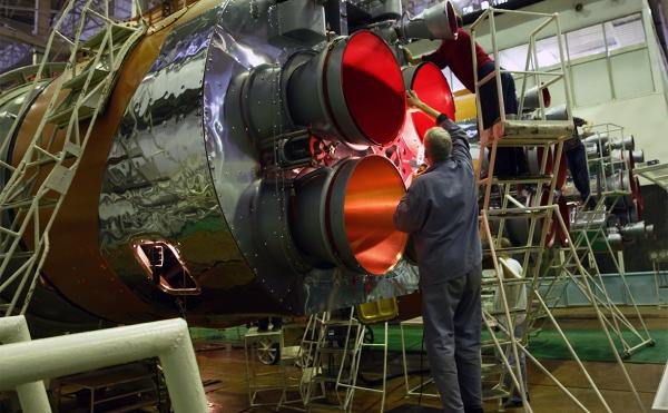 Минфин запишет в бюджет долги производителей космических ракет :: Экономика :: РБК