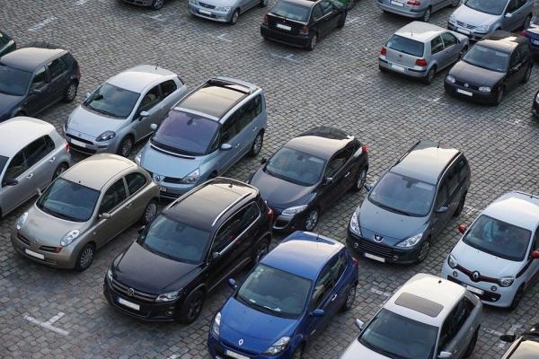 В России резко подорожают автомобили