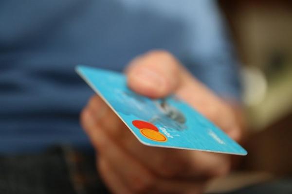 Воронежцев предупредили о мошенничестве с бонусными баллами банковских карт