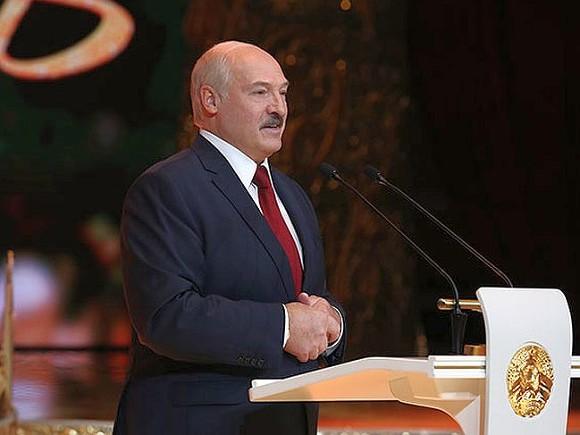 Новая парадигма Лукашенко: Китай и США