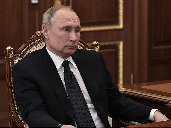 Откуда Путину знать о деньгах?
