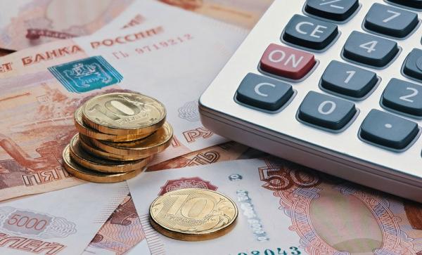 Пенсии и пособия за апрель выплатят досрочно
